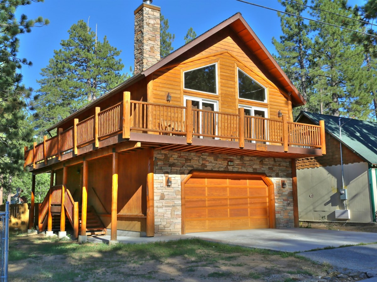 lodge s big ca for rental lake california hunter cabin accommodations rent cabins hunters bear