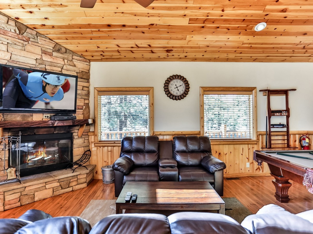 quiet cabin view bd big rentals bear close town property to ba wooded ha cabins
